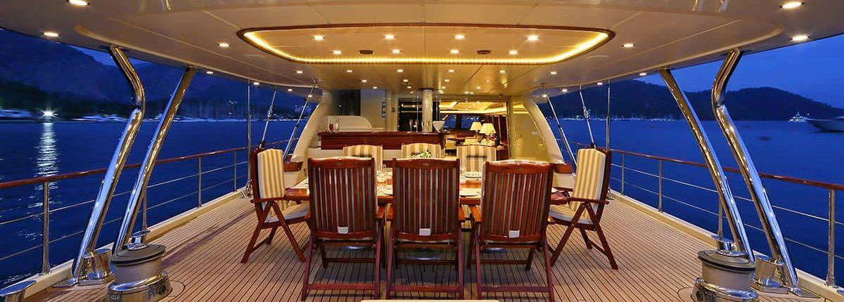 DAIMA Dining area on Aft deck