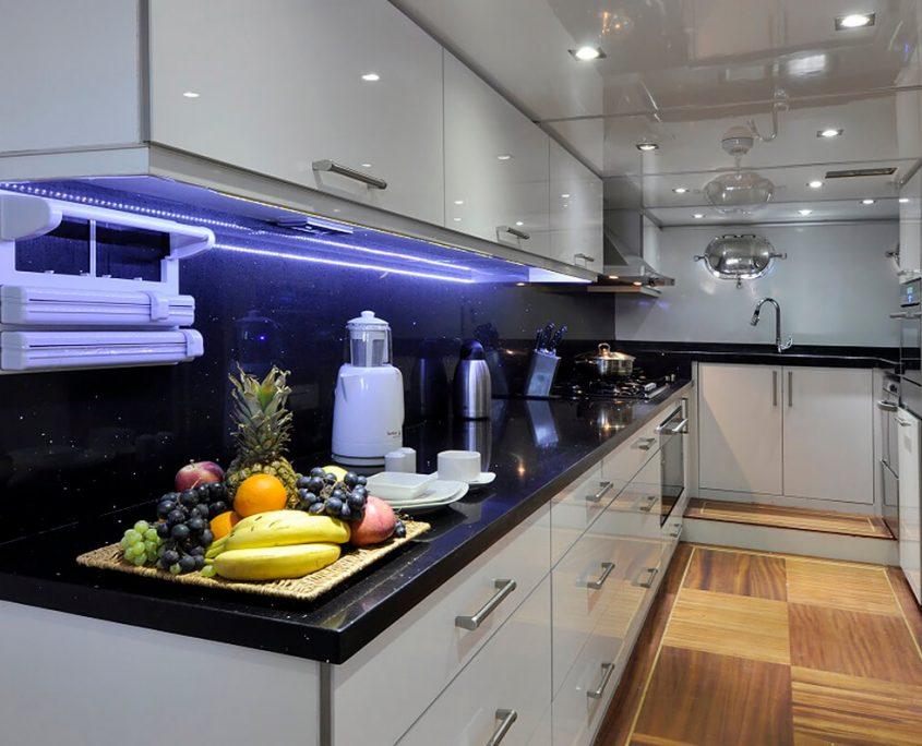 DOLCE MARE Kitchen