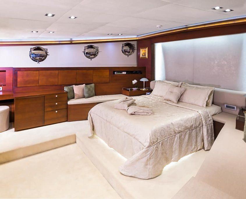 DOUBLE EAGLE Master cabin