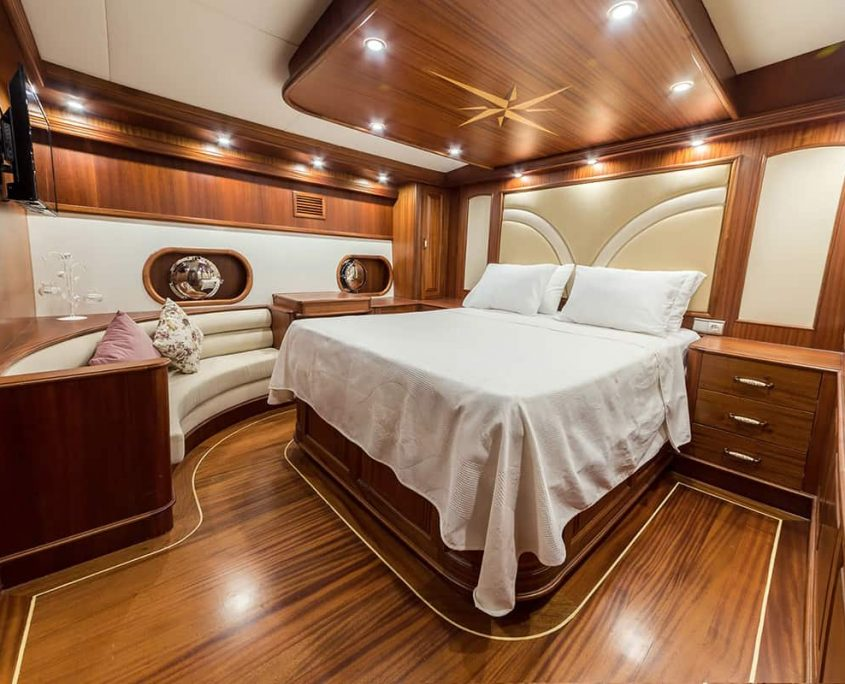 HALCON DEL MAR Double cabin