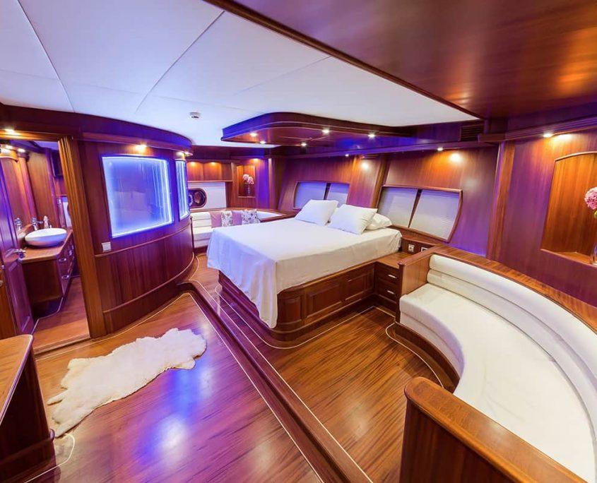HALCON DEL MAR Master cabin