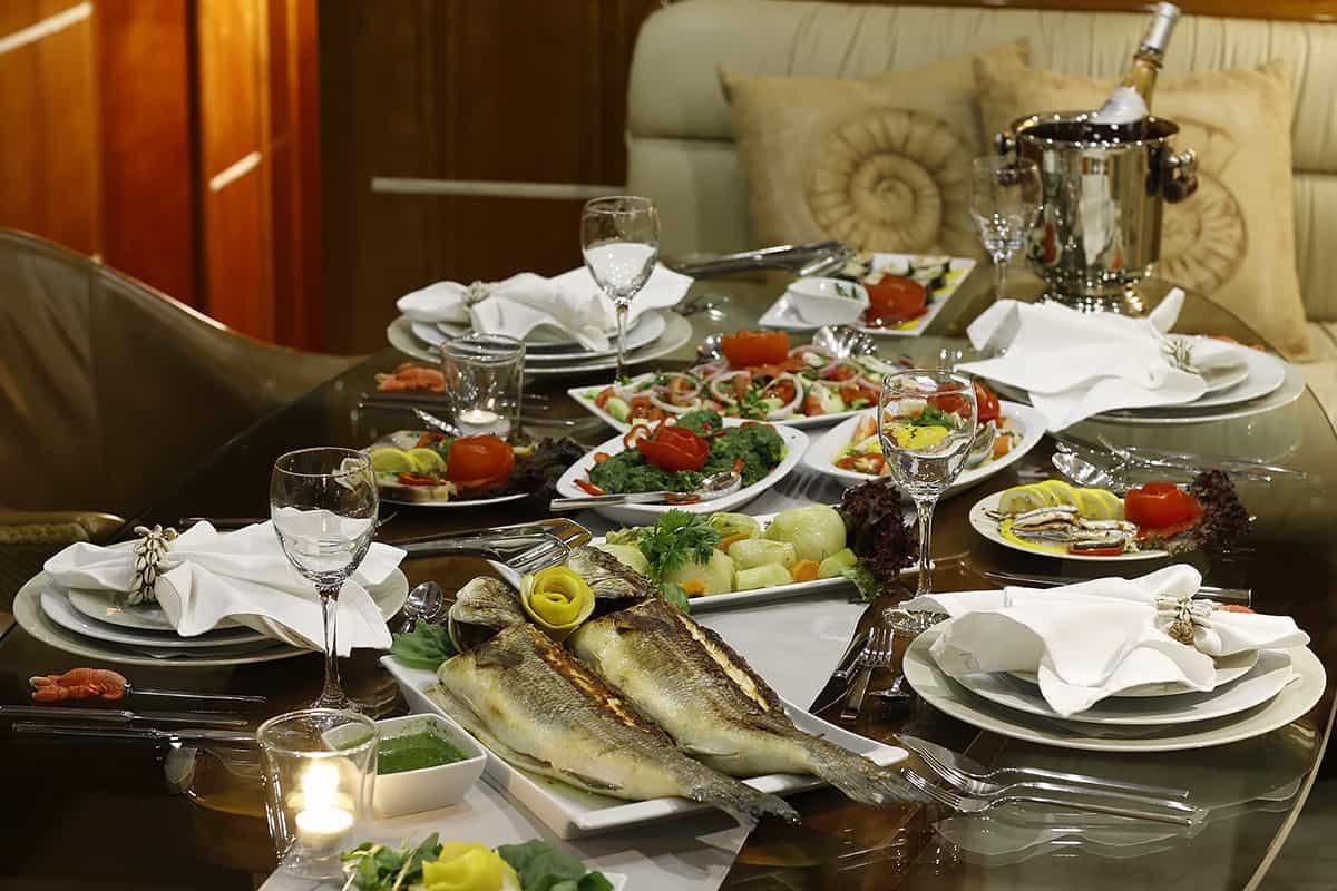 SILVERMOON Dinner