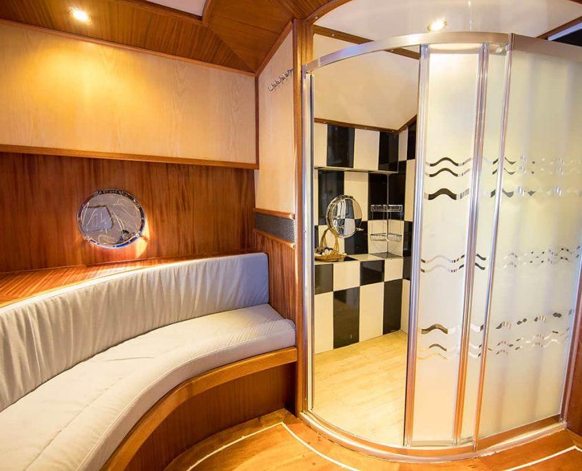 NEVRA QUEEN Bathroom in master cabin